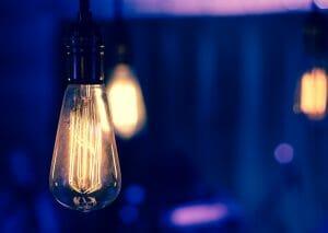 iluminar y discernir